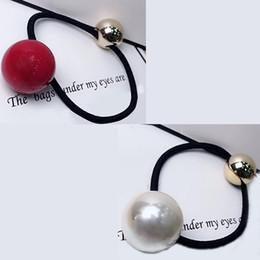 Élastiques de couleur perle en Ligne-Taille deux couleurs perle C de style anneau de cheveux dames européennes et américaines populaires cadeaux compteur de cordée de tête de bande en caoutchouc 3pcs / lot
