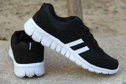 Tela reflectante de luz online-Unisex Tela suave luz estática reflectantes Zapatos Belgua barato congelados zapatos de alta calidad diseñador Hombres Mujeres Trainer zapatillas de deporte casuales