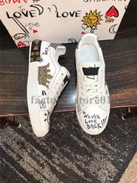 Hombre corona online-D GABB Homme Hombres Mujeres Confort Zapatos Casual King Of Love Diseñador de moda de lujo Chaussures SEGUI AMORE Marea de cuero corona zapatillas de deporte