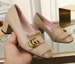 2019 новые пятки дизайна новые горячие качества женщины леди ну вечеринку свадебная обувь женская мода низкие кеды дизайн каблук кожаные туфли дешево новые пятки дизайна