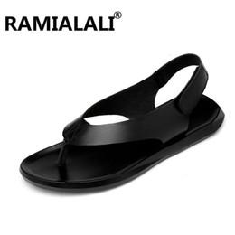 2019 сандалии мужчины гладиатора Ramialali Мужская обувь кожа мужчины сандалии лето Мужская обувь пляж дышащий Гладиатор сандалии для Zapatillas Hombre большой размер скидка сандалии мужчины гладиатора