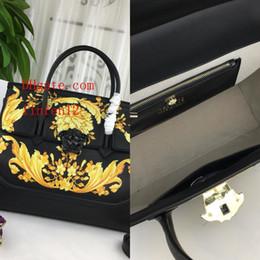 Sacs de mode nobles en Ligne-2019 marque sacs à main mode sacs à main des femmes sac à bandoulière sac à bandoulière de charme élégant Superbe délicat en cuir fleur Noble