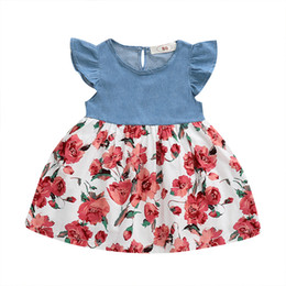 retalhos da sarja de nimes camiseta Desconto Recém-nascido Crianças Baby Girl Denim Vestidos Plissado Camisa Vestido Floral patchwork vestido de Verão Roupas Casuais