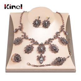 2019 collana di orecchini del braccialetto grigio Set di gioielli da sposa in cristallo fiore di lusso grigio antico oro colore turchia orecchino collana bracciale anello donne collana di orecchini del braccialetto grigio economici