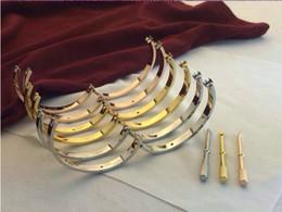 Большие золотые браслеты онлайн-Роскошный бриллиантовый свадебный браслет из нержавеющей стали Pulseira Браслет из 18-каратного золота с серебряной розой большой браслет любви Женщины мужчины размер 16/17/18/19/20 / 21см