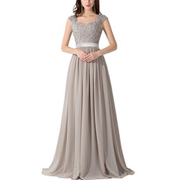 2019 Robes Occasion Spéciale Femme Robe De Bal Illusion Robe De Soirée Dentelle Confortable Robe De Soirée Gris Robe De Bal ? partir de fabricateur