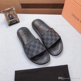 m9 зарядное устройство Скидка 8GUCCI L10 горячий бренд мужчины пляж слайд сандалии тапочки мужские белый пляж мода скольжения на сандалии Gucci LV Louis vuitton