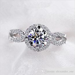 En gros Marque De Mode 10KT or blanc rempli Diamant Simulé CZ pierre précieuse Bagues Bijoux Éternelle Bague De Mariage Bague Pour Femmes ? partir de fabricateur