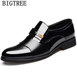 botas de hombre formal Rebajas Zapatos formales de hombre zapatos de ascensor de oficina para hombres botas de invierno para mujer vestido de hombre coiffeur diseñador de alta calidad bona