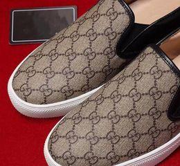 Scarpe alla moda a piedi gli uomini online-Scarpe piatte stampate in pelle con strato superiore, scarpe casual da uomo, pelle di alta qualità stampata a mano, passeggio alla moda G6.17 di alta qualità