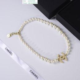roi personnalisé Promotion Designer de premier ordre luxe le roi petite taille initiale pendentif initial glacé collier de charme personnalisé cubique avec chaîne