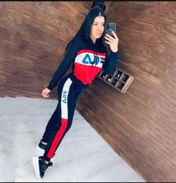 Neue Ankunfts Armee Grün Frauen Anzug Hoodies Sweatshirt Pant Rennen Sport Trainingsanzug 2 teilig survêtement femme Kleidung Joggen