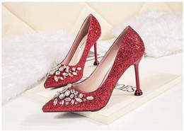 chaussures habillées couleur ivoire Promotion 2019 nouvelles chaussures de mariée en cristal super populaire mariage robe de soirée talons hauts réunion annuelle chaussures de mariage banquet rouge