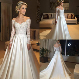 Fitas de botões on-line-2019 uma linha de rendas e vestidos de noiva de cetim do ombro manga comprida fita até o chão vestidos de casamento nupcial botão de volta navio livre
