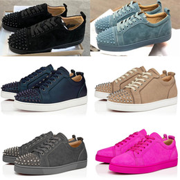 designer de ténis de moda  Desconto 2020Hot Fashion Designer sapatos de fundo Júnior Studded Spikes Sneakers Mens couro reais Trainers partido sapata sapatas Casual Sapatilhas de couro vermelho