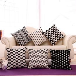 Almohadas de tiro negro para el sofá online-45 * 45 cm Diseñador decorativo Negro Blanco abstracto geométrico Throw almohada almohada cubierta de la funda de almohada blanco y negro Couch Resumen
