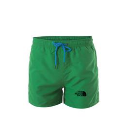 Estilo de praia para homens on-line-Nova Moda Mens Shorts Casuais Cor Sólida Board Shorts Homens Verão Do Norte estilo designer de Calções de Natação Homens Esportes Men ...
