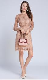 Vestidos de crochê de renda sólida on-line-2019 oco out crochet lace dress mulheres outono manga longa sexy vestidos de festa sólida elegante flor bordados dress vestidos