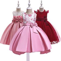 c16a46400 Distribuidores de descuento Vestido De Niña Flor Elegante Niño ...