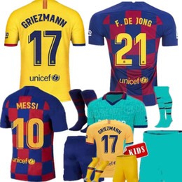 meias verdes escuras Desconto MAN + KIDS 19 20 Barcelona Messi jerseys Camisolas de Futebol SUAREZ MALCOM maillot de foot Camisolas Barcelona Dembele DE JONG 2019 2020 GRIEZMANN