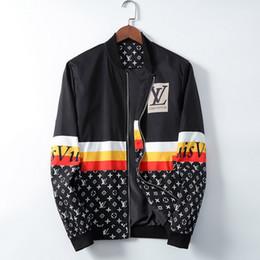 vendita calda mens progettista giacca designer del cappotto del rivestimento dei nuovi con lettere Windbreaker Zipper cappuccio per gli uomini Sportwear Tops Abbigliamento da