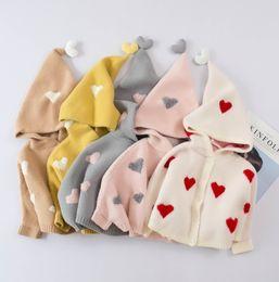 Ponchos de punto para niños online-2019 nueva caída chal niños de los bebés del amor del corazón con capucha del poncho de los niños de manga murciélago suéter capas de tejer princesa partido de Navidad ropa exterior F8785