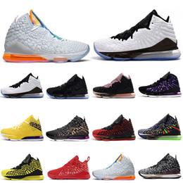 2020 pallacanestro lebron scarpe da basket LeBron17james 17s uomini NERO BIANCO Future RED CARPET nell'arena 2k uguaglianza mens formatori Sport Sneaker 7-12 pallacanestro lebron economici
