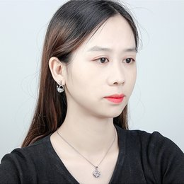Cisne ama collar online-Moda mujer joyería originalidad primera clase usando Swarovski Elemental Crystal Necklace Love Swan colgante femenino hecho en China