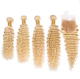 Argentina # 613 Rubio Tramas de cabello humano peruano con cierre Onda profunda Ondulado 4 paquetes Bleach Rubio rubio Tejidos para el cabello con encaje de 4x4 Cierre frontal cheap peruvian hair wefts closure Suministro