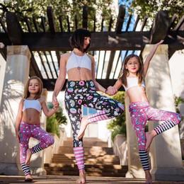 Yoga pants europe online-Esercizio Outdoor Pantaloni da corsa Yoga Estate Stampati in Europa e Stati Uniti Parental Unicorns Stretch pantaloni traspiranti stretti asciutti 10