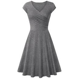 Плиссированное стройное летнее платье Новое платье с V-образным вырезом и мягкими короткими рукавами Элегантное платье с длинными рукавами и коленом Хлопковое платье большого размера от