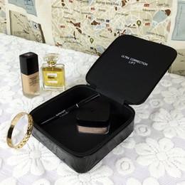 saco de cosméticos de ouro pequeno Desconto Novas Mulheres Moda Cosméticos Organizador Caixa De Armazenamento De Maquiagem De Armazenamento Sacos de Marca Bolsa Portátil Viagem Saco de Toalete Do Presente Do VIP Engo
