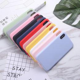 Étui de téléphone cellulaire en Ligne-Etui en silicone pour iphone 7/8 12 couleurs Pure Color Anti Slip Etui souple pour téléphone portable