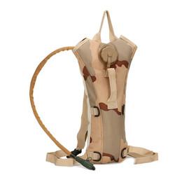 Camouflage en plein air sac à boire Sports alpinisme touristique sac d'eau Un sac à dos d'équitation sac à dos sac à main d'eau potable Portable ? partir de fabricateur