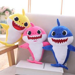 Sonido de peluche online-Baby Shark Plush Toys With Music Sound Singing Plush Led Lighting Cartoon Shark Soft Dolls Muñeca de peluche Juguetes Party Favor Gift WX9-1365