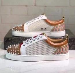 amantes net Desconto Desenhador de moda Spikes Net furo Flats sapatos Vermelho Inferior Sapatos Para As Mulheres Mens amantes Da Festa de Luxo Sapatilhas de Couro Genuíno tamanho: 35-47