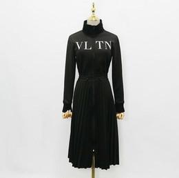 Berühmtheit kleidung stile online-19ss neue Ankunfts-Frauen schwärzen langärmliges Kleid gedruckte Buchstaben Reißverschluss-Berühmtheits-Art-Kleid-Frauen-Kleidung