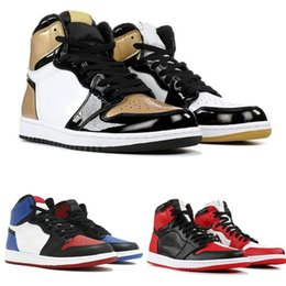 leather strap stitched Promo Codes - Top 1 High OG Mens Basketball Shoes Banned Bred Toe Shadow Gold Designer Shoes Gold Toe Chicago Game Royal Sneakers Size 40-46