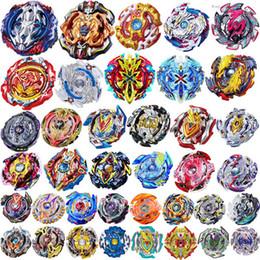 f87ddb20b141f8 Beyblade Burst Toys ohne Trägerraketen Arena 30 Patterns 4D Bey Klingen  Toupie 2019 Bayblade Metal Fusion Battles Constellation Spinner B100