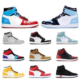 Chaussures de basket chaudes pour hommes en Ligne-2019 Air chaudrétrojordan hommes basket 1s chaussures UNC PINE GREEN Satin Black Toe Fearless 1 formateur athlétique baskets
