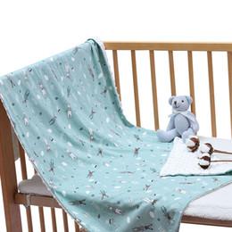 2019 cobertores do bebê da flanela do algodão 59 * 45 Polegadas Bebê Cobertor pontilhado Macio Pele-friendly Respirável Algodão Unisex Cobertores Recém-nascidos Lavar Cobertores De Flanela cobertores do bebê da flanela do algodão barato