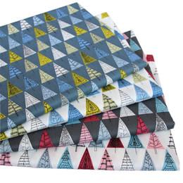 Patrón de almohada triángulo online-160x100 cm Norse triángulo árbol 100 algodón impresión digital patrón de triángulo tela para forro telas vestido de mesa funda de almohada BL45