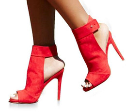 Scarpe a cinghia ultra tacco alto online-2019 Bottone Sandalo con cinturino alla caviglia Open Toe Donna Stripper Scarpe con tacco ultra alto Scarpe da sposa rosse