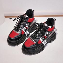 Hauteurs de massage en Ligne-Femmes Sneakers Printemps Multi Couleur Semelle Épaisse Dames Plateforme Hauteur Augmentant Chunky Chaussures Casual