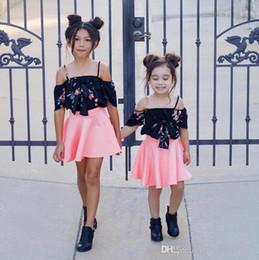 c117c20d6bef8 Ins new Hot Sell Baby Vêtements enfants Adorable vêtements pour garçons et  filles Elastique Camisole jupe enfant robe imprimée Ensemble deux pièces  nouvelle ...