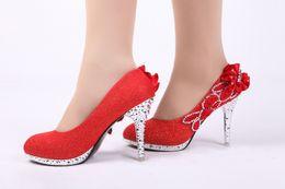 2019 серебряный закрытый носок для новобрачных Свадебные туфли на высоком каблуке свадьба невесты обувь партии обуви 10 см блеск серебро кружева цветок жемчуг закрытые пальцы свадебные туфли дешево серебряный закрытый носок для новобрачных