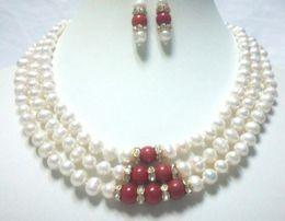 Collar blanco del encanto del coral online-joyas Miss charm Jew.605 3 hilos blanco perla de agua dulce 7-8mm coral rojo 7mm collar conjunto de aretes