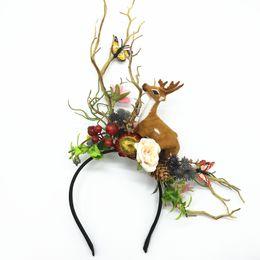 Donne all'ingrosso Deer Fascia Garlands Festival Natale Halloween Accessori per capelli Sposa Wedding Flower Wreath Donna Head Band da