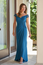 vestido da noiva da mãe do tafetá da forma Desconto 2019 Modern Lace Mãe do Noivo Da Noiva Vestidos Off ombros Plus Size Applique Chiffon Plissado Bainha Designer Barato Formal Vestidos MOB