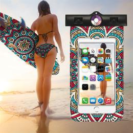 flotteur lumineux Promotion Sacs de flottaison de natation Sac étanche avec étui de téléphone sous-marin lumineux pour iPhone Universel Tous les modèles de 3,5 pouces à 6 pouces